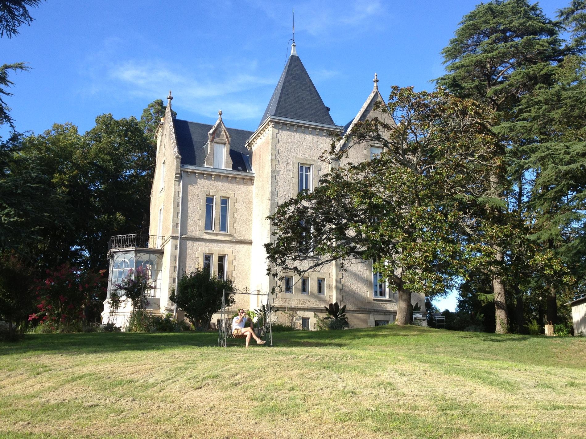 Beau Château Mathias Chambres Du0027hôtes De Prestige Marmande, 47